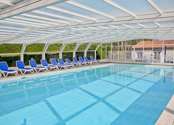 Camping ile de r avec piscine piscine couverte chauff e for Camping ile de noirmoutier avec piscine couverte