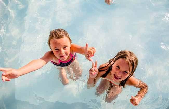 Photos du camping la tour des prises la couarde ile de re for Camping 4 etoiles lozere avec piscine
