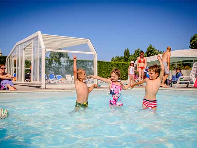 Camping ile de Re with swimming pool