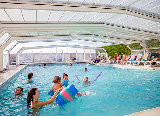Campsite le De R With Swimming Pool Heated And Covered Pool le De R