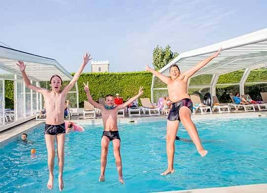Merveilleux camping ile de re avec piscine couverte 2 for Camping ile de noirmoutier avec piscine couverte