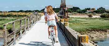 cycliste sur l'ile de ré