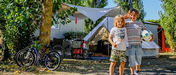 Le guide pour faire du camping avec bébé