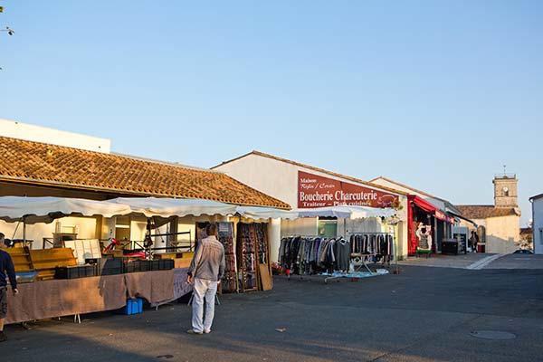 marché au bois plage en ré